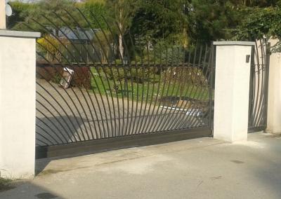 Samonosná kovaná brána