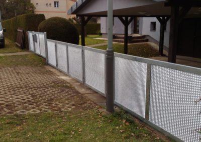 Skládací brány a ploty_Tahokov