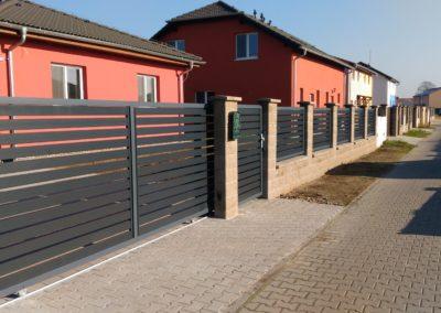 Brány a ploty_hliníkové
